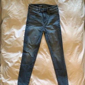 American Eagle Light Wash High Waist Jean